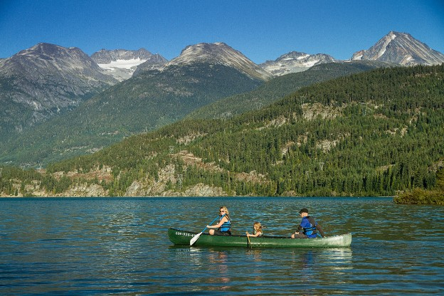 guests paddling on alta lake