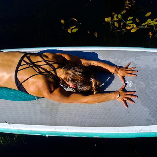 alta-lake-stand-up-paddleboard-yoga