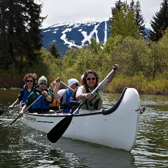 voyageur-canoe-alta-lake